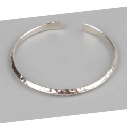 925 Sterling silver triangle shaped hammered bracelet - Men's jewelery