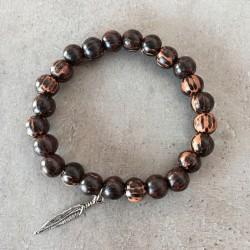Bracelet en bois exotique - Vieux palmier 8mm + pendentif plume argenté
